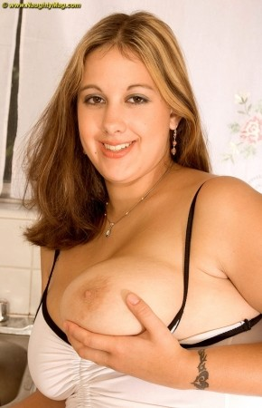 Georgie - Solo Big Tits photos