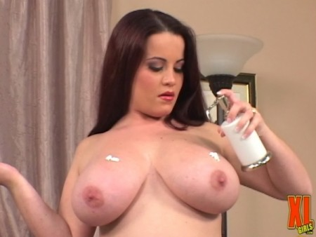Annie Swanson - Solo Big Tits video