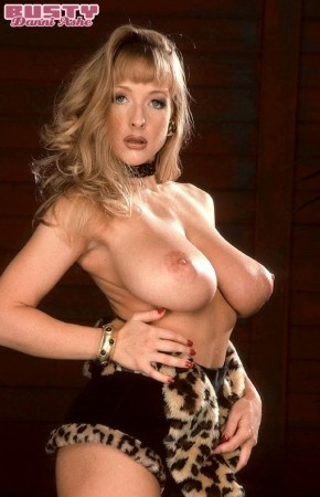 Danni Ashe - Solo Big Tits photos