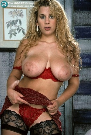 Dawn Phoenix - Solo Big Tits photos