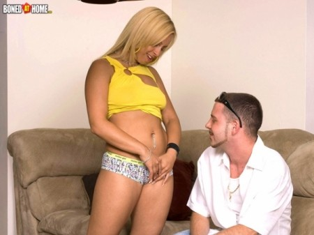 Commando - XXX MILF video