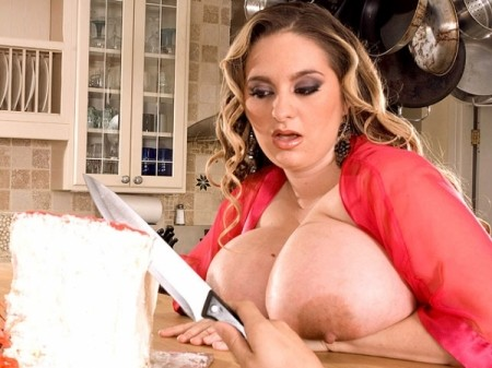 April McKenzie - XXX BBW video