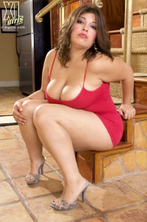 Lola Lush - Solo BBW photos
