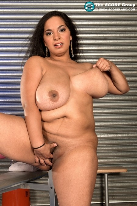 Camelia Davis - Solo Big Tits photos