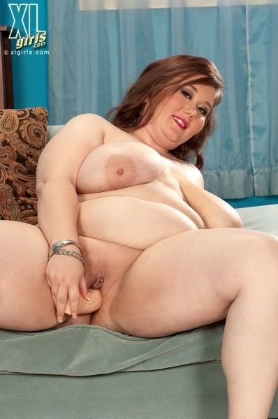 Lilli Blue - Solo BBW photos