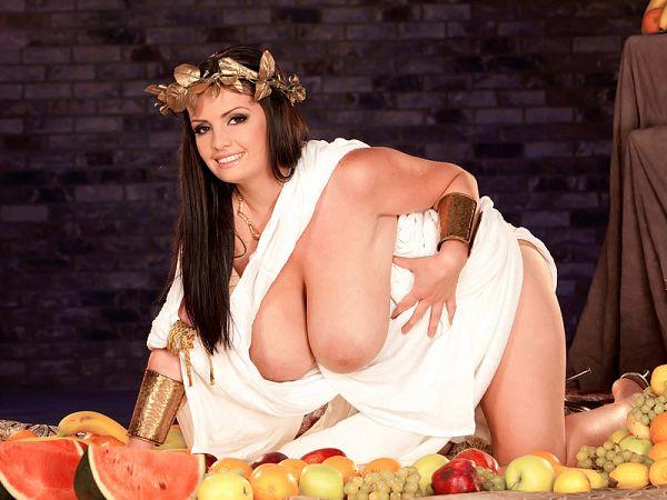 Arianna, Goddess Of Big Tits