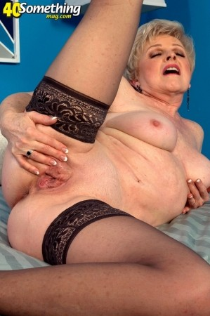 Jewel - Solo Granny photos