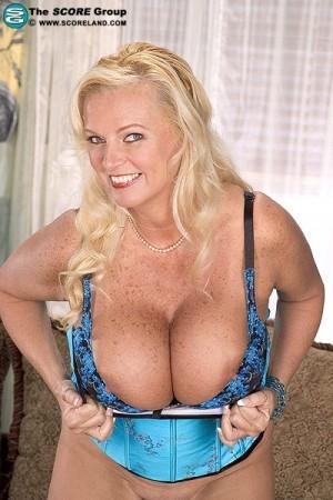 Tiffany pollard naked