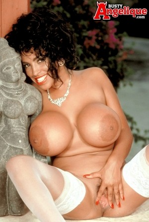 Angelique - Solo Classic photos