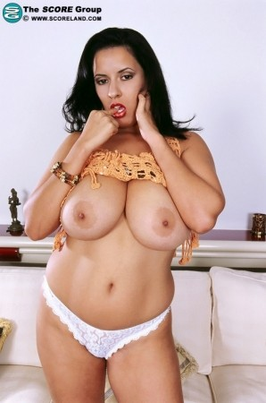Luma - Solo Big Tits photos