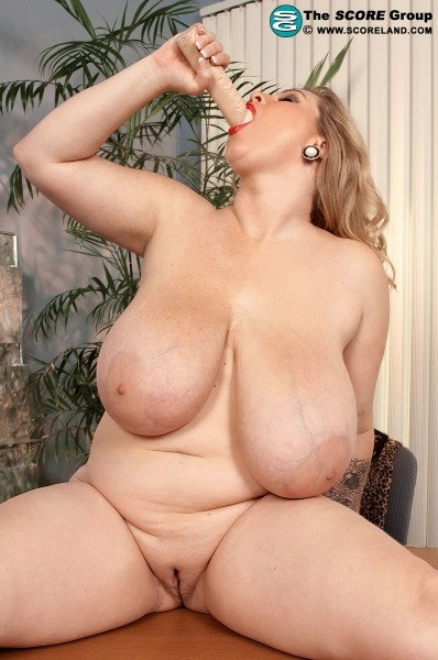 Renee Ross - Solo Big Tits photos
