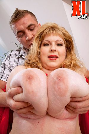 Angellyne Hart - XXX BBW photos