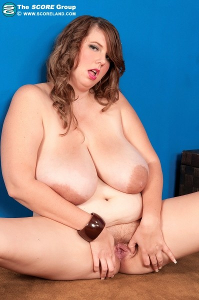 Michelle May - Solo Big Tits photos