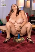Rikki Waters - Interview BBW photos