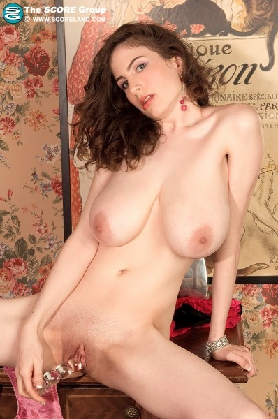 Lillian Faye - Solo Big Tits photos