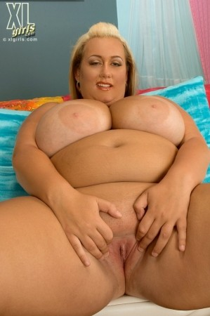 Rose Valentina - Solo BBW photos