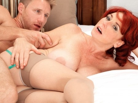 Karen Kougar - XXX MILF video
