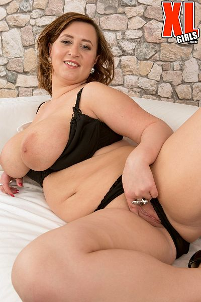 Charlotte C. - Solo BBW photos