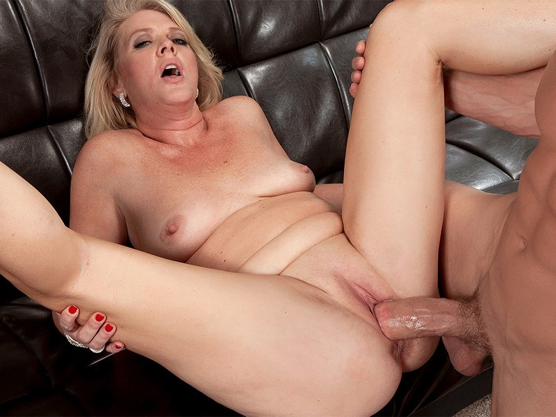 Showing Media  Posts For Milf Mom Creampie Xxx  Wwwveuxxx-8215