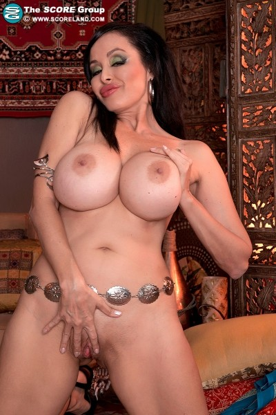 Claudia KeAloha - Solo Big Tits photos