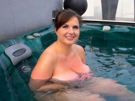 Maggie - Interview BBW video