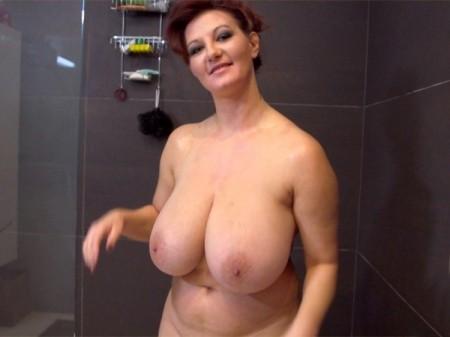 Big Tits Y