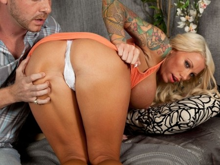 Lolly Ink - XXX Big Tits video