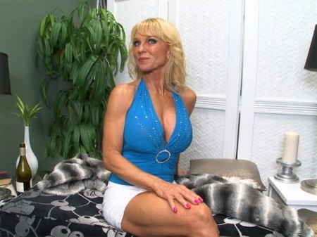 Cara Reid - Interview Granny video