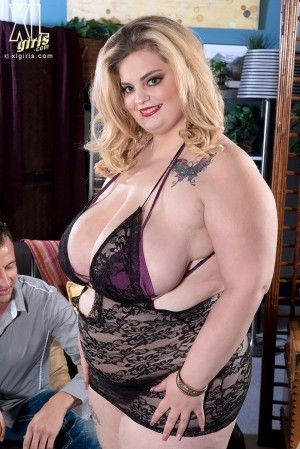Sashaa Juggs - XXX BBW photos