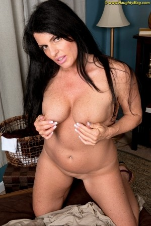 Ivy Ices - Solo MILF photos