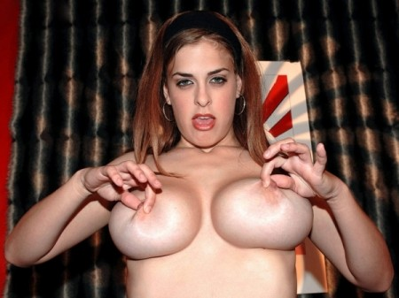 Brianna Bragg - XXX Big Tits video