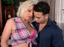 WATCH BRANDI GET ASS-FUCKED