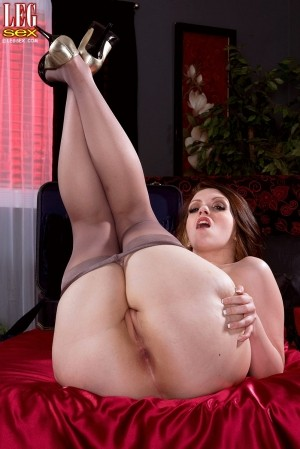 Ryan Smiles - Solo Big Butt photos