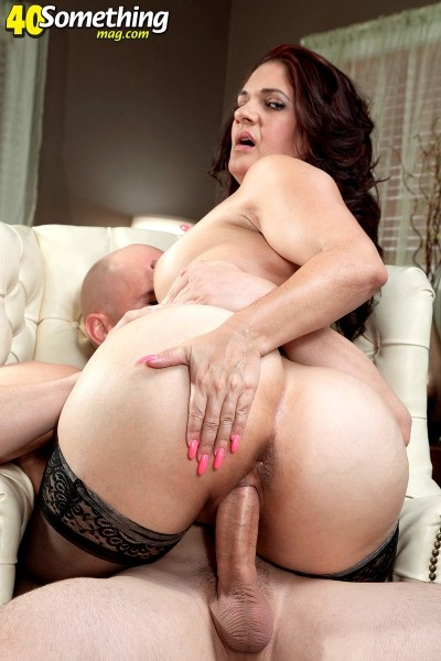 Milf taking big cock