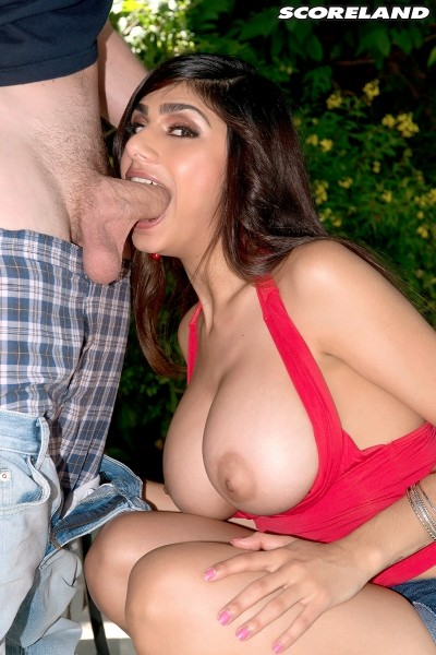 Mia Khalifa - XXX Big Tits photos