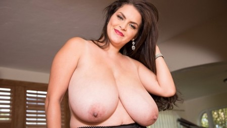Alaura Grey - Solo  video