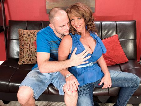 Sheri Fox - XXX MILF video