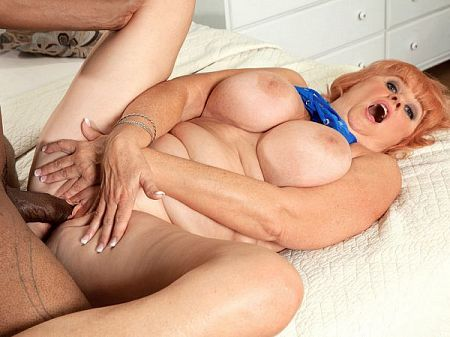 Jackie - XXX MILF video
