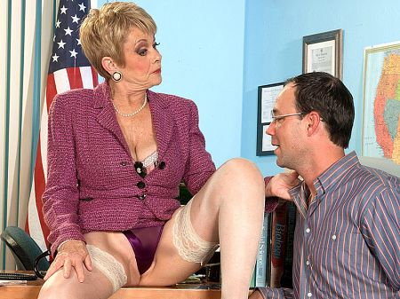 Andy Mann - XXX Feet video