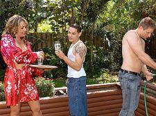 The lawn boyz DP Kelly Leigh