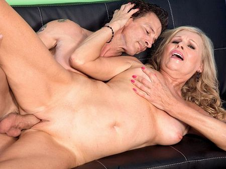 Bethany gets a creampie from her boss