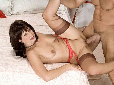 Jazz - XXX MILF video