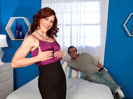 Catherine - XXX MILF video