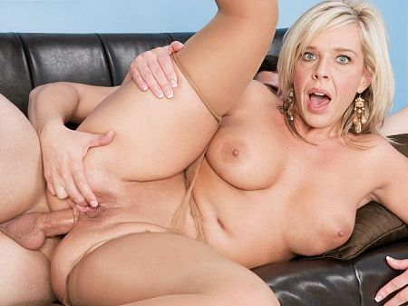 Carey Riley - XXX MILF video