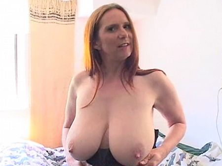 Rose Bennett - Solo MILF video
