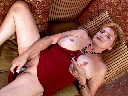 Valerie - Solo MILF video