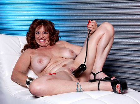 Sheri Fox - Solo MILF video