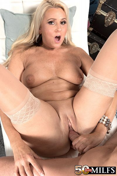 Milf dallas hot