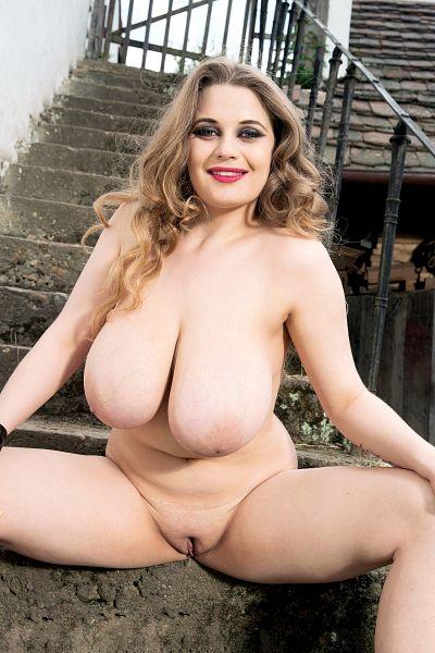 Sexy nude granny pics