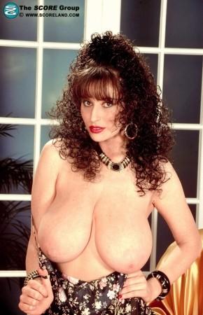 Lisa Phillips Big Tits